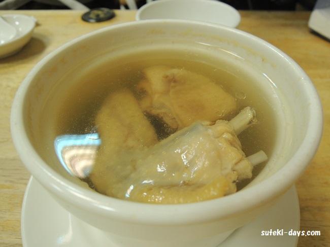 明月湯包 鶏スープ